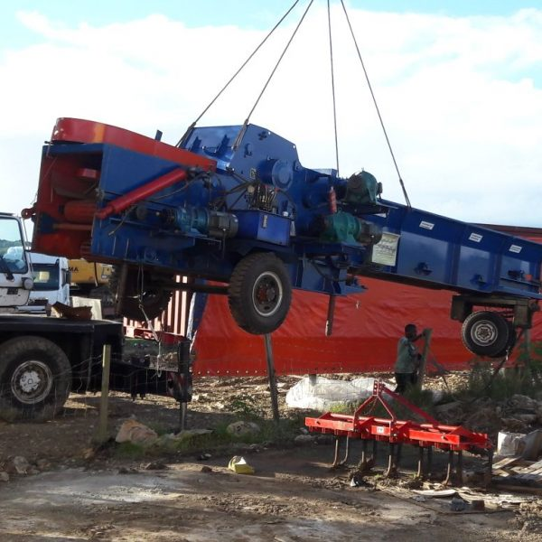 mobile wood chipper export to Latin America(testing)